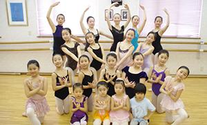 苫小牧シティバレエ アカデミー教室写真