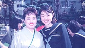 西野麻衣子さん