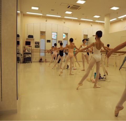 YARITA YU BALLET STUDIO1