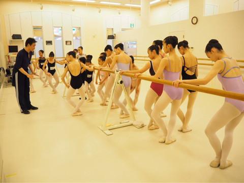 YARITA YU BALLET STUDIO 4