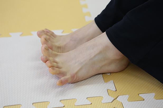 足裏トレーニング(ギューッパッ)